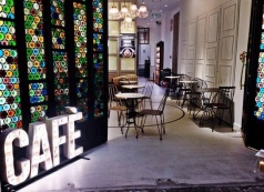 Part of the ground floor of Casa Amatller is now Cafe Faborit. Photo: Dolce City