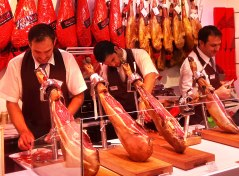 """Since 1868, now at its 6th generation, the brand of Joselito keeps one of the highest quality standards when it comes to jamon, as well as any other traditional specialty. It is one of the chef's most acclaimed product: Ferran Adria, for instance, says that """"the jamon Joselito is a constant source of inspiration for all of us who love gastronomy."""""""