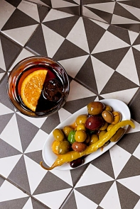 However long your stay in Barcelona, ensure to find a couple of hours, and fine company, with which to fer el vermut (do the vermouth).