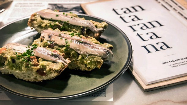 """Anchoa, boquerón or bocarte (in Castellano, Euskera or Catala) is the little big fish of Iberic peninsula. The cured and vinegar-macerated preparations are traditional accompaniments for aperitifs and vermuts, especially whites. White anchovies are called """"boquerones"""" in Castellano and are usually served as tapas."""