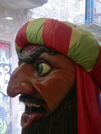 Since the 16th century, this figure is associated with Christmas as it spits sweets for the children, through his mouth.