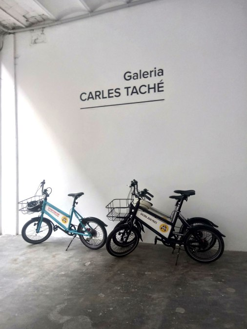 Art Bike Tour: Parking at Carles Taché