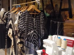 poblenou opennight labazart store - black and white collection