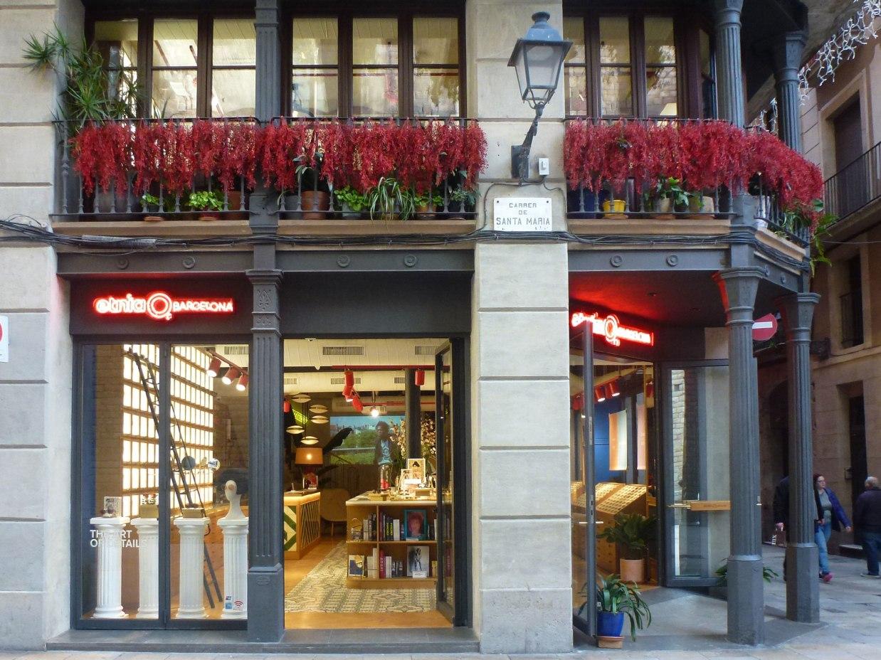 born-etnia-barcelona-facade