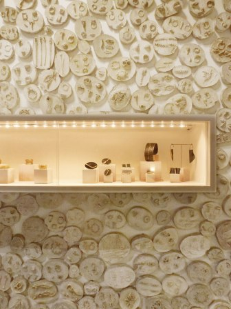 espai-micra-wall-display