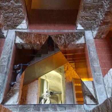 moritz-mirror-pyramid