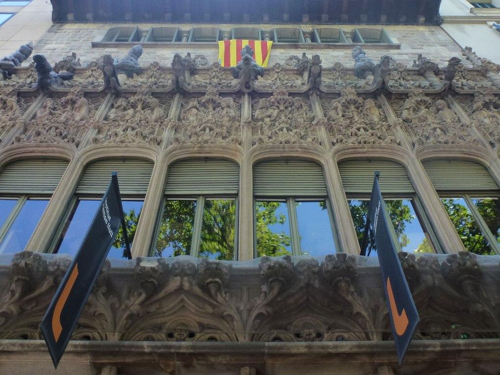 palau-baro-quadras-thetasteofbarcelona-gallery-facade