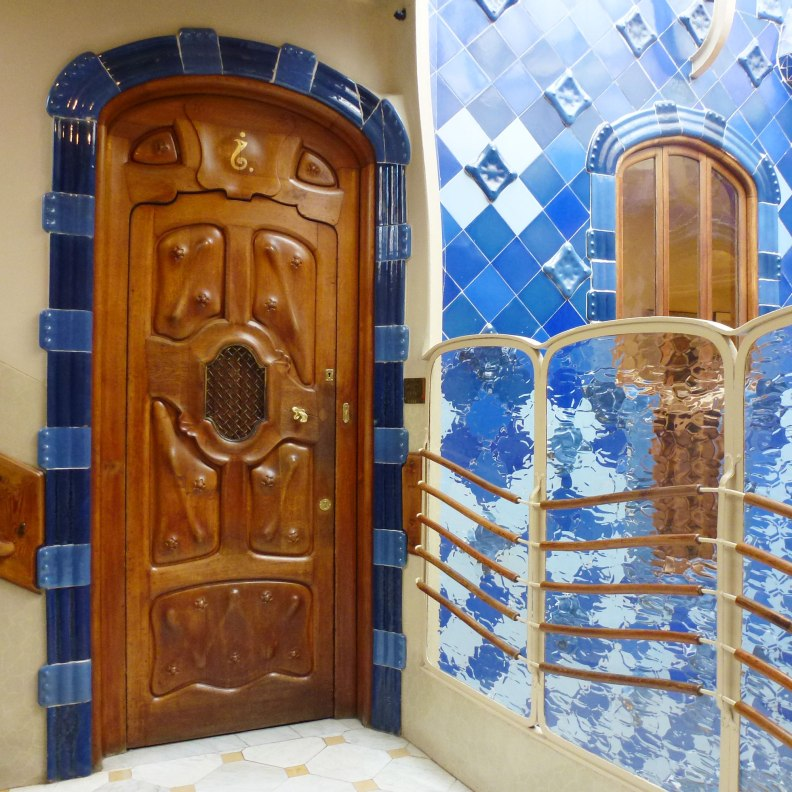 Casa Batlló interior patio