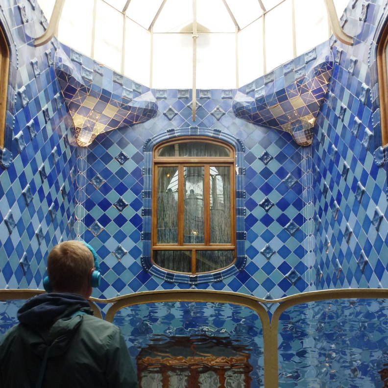 Casa Batlló interior patio upper level