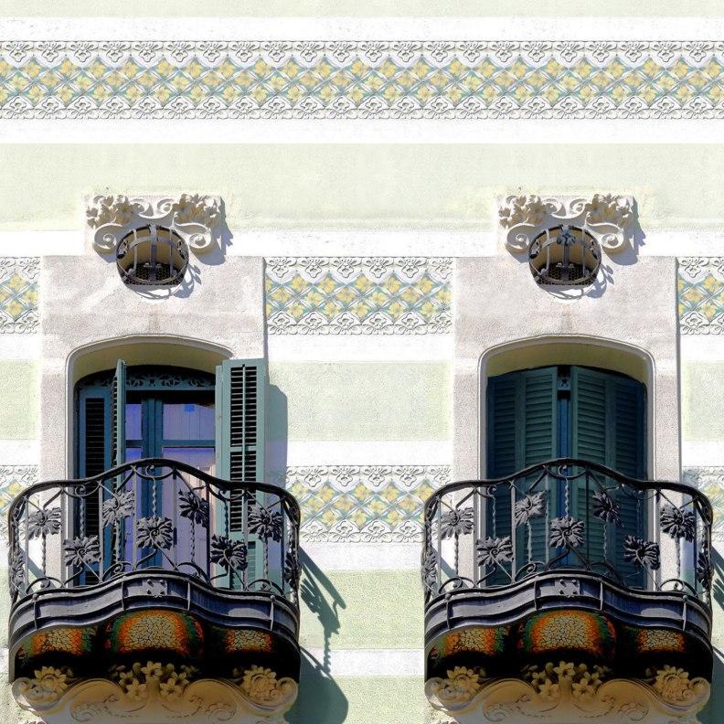 Casa Francesc Cama facade detail