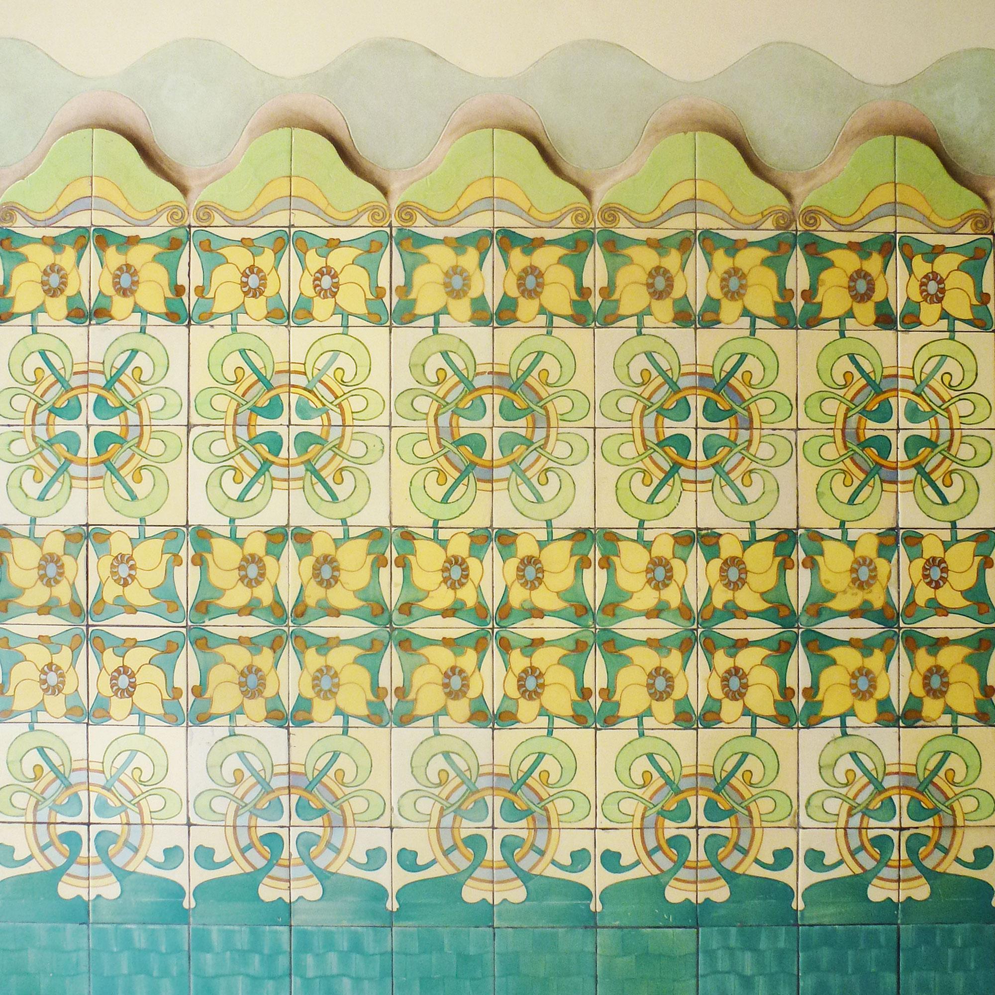 Casa Francesc Cama Art Nouveau ceramic tiles green yellow flowers