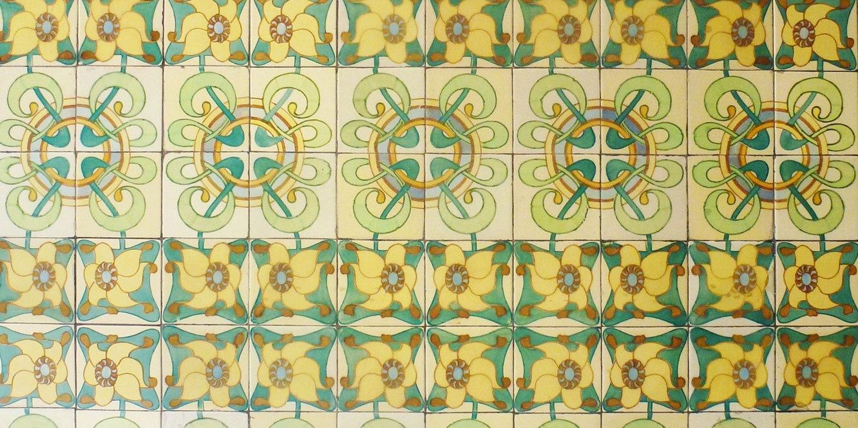 Casa Francesc Cama Art Nouveau tiles green and yellow floral design