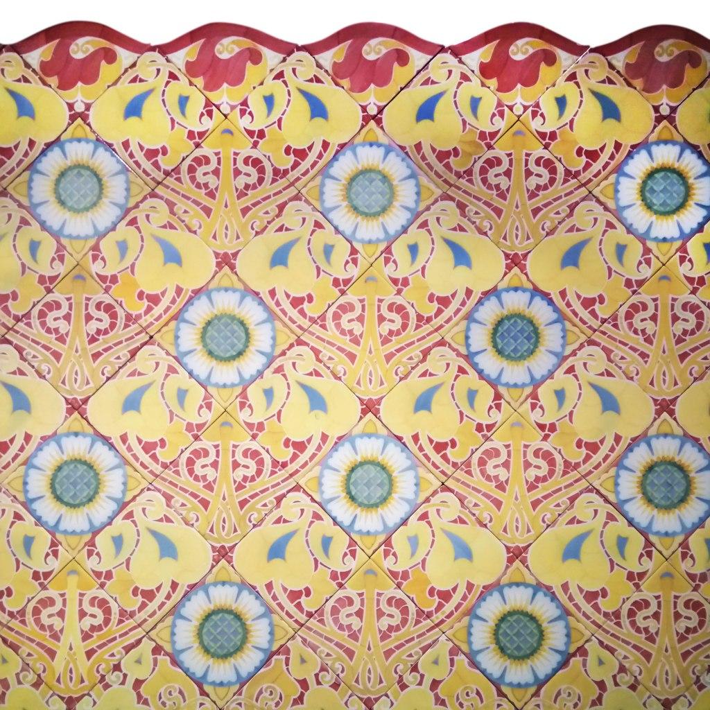 Casa Ramos floral ceramic tiles Lluis Bru Design Museum