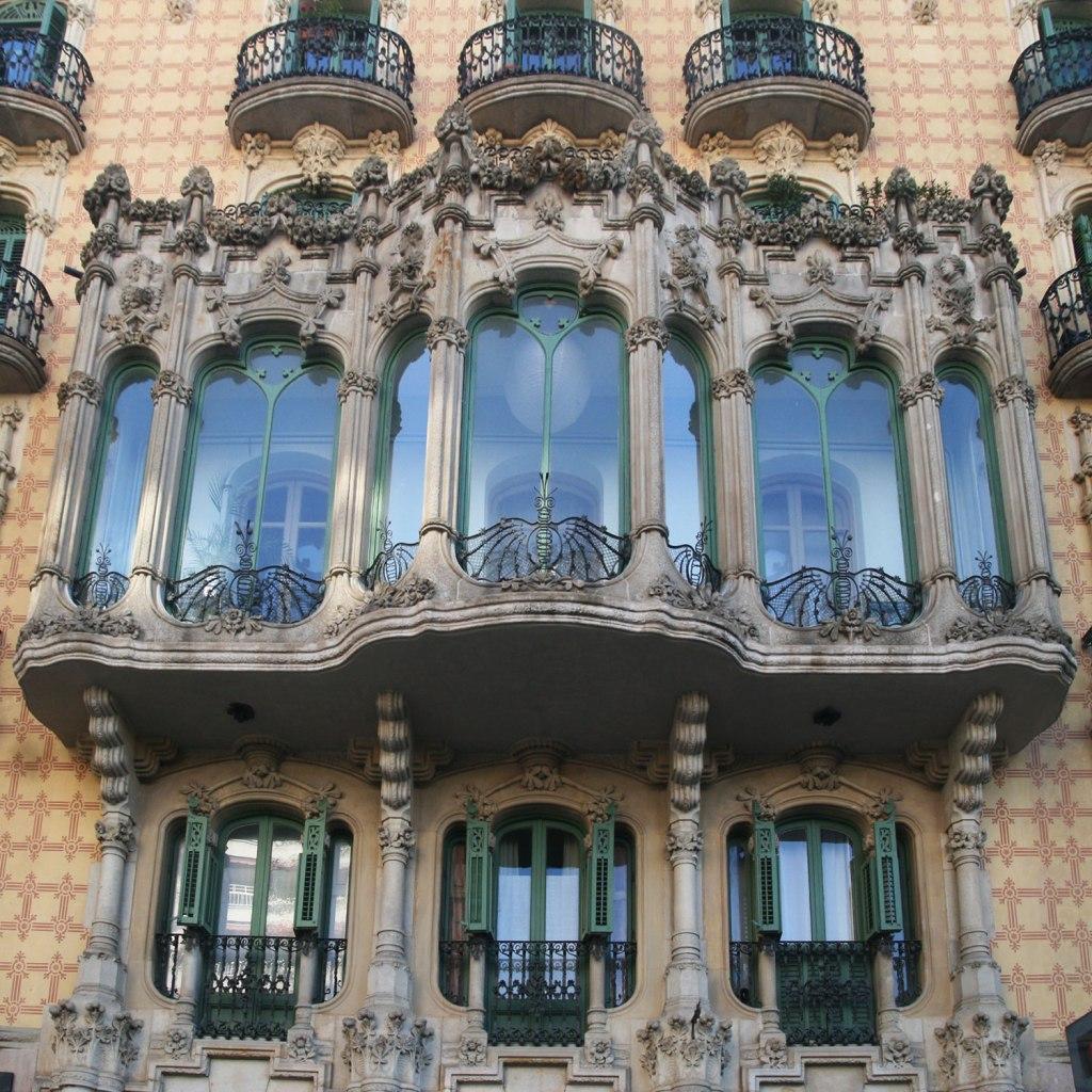 Casa Ramos Montjuic sandstone tribune